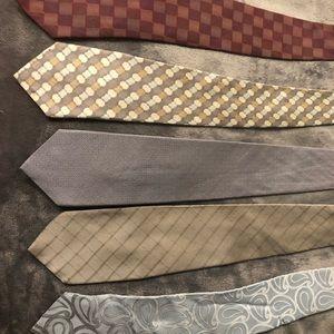 5 DKNY ties